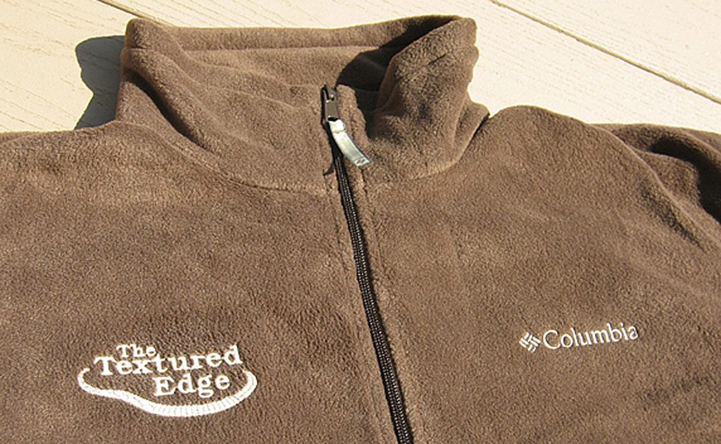 Textured Edge embroidered fleece pullover